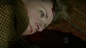 1x10 - POI Claire