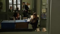 1x02 - Carter con Theresa