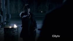 1x20 - Kara dispara