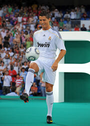 Ronaldo Teuerster Tranfer