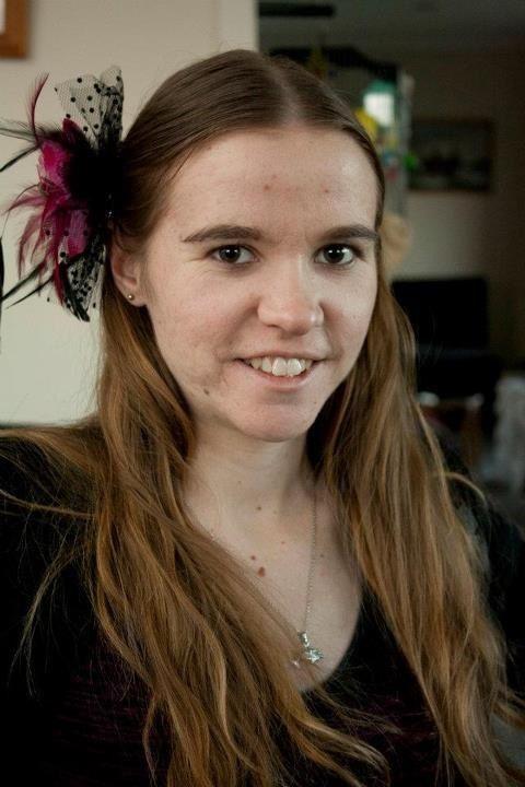 https://vignette.wikia.nocookie.net/peter-jacksons-the-hobbit/images/f/f0/Melanie_Carrington.jpg/revision/latest?cb=20140705033650
