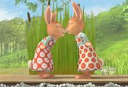 Mospy-And-Flospy-Rabbit-Sister-Nose-Kiss-Cute-Image