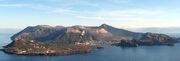 799px-Isola vulcano