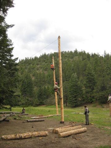 File:Spar Pole Climbing.jpg