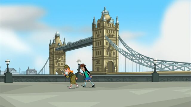 File:Candace and Stacy in front of Tower Bridge.jpg