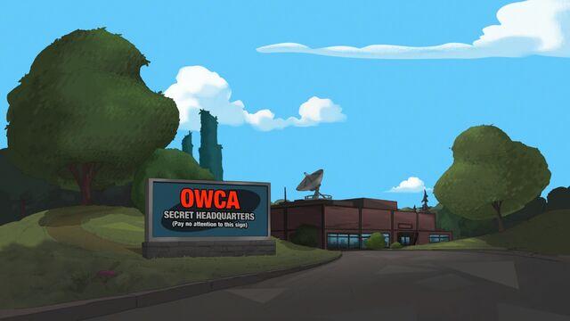 File:332 - Outside the OWCA.jpg