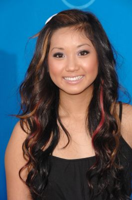 Bestand:Brenda Song - 2006 ABC All-Star Party.jpg