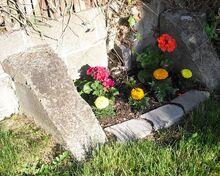 RRabbit42's pocket flower bed