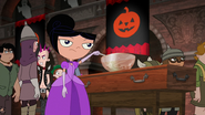 S04E25a Isabella at the punch bowl