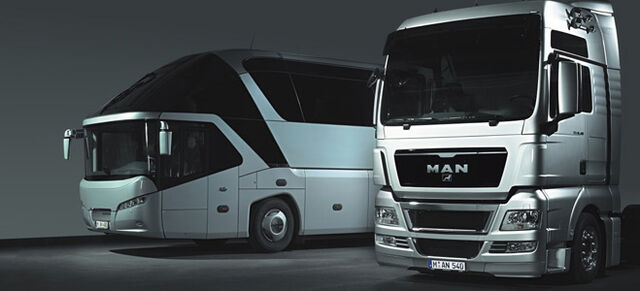 File:Truck and Bus.jpg
