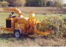 Bandit Model 1290H drum chipper