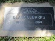 Clara Barks tombe