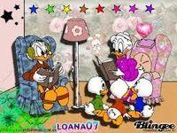 Donald et Daisy avec leur petits-neveux (les enfants de riri, fifi et loulou)
