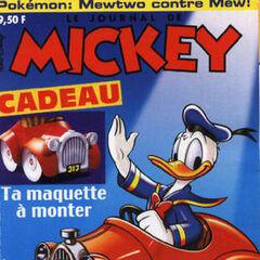 Couverture du <i>Journal de Mickey</i> n°2497, offrant par ailleurs une maquette du véhicule.