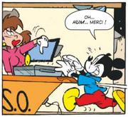 Distrait Mickey oublie la malette de l'ASSO