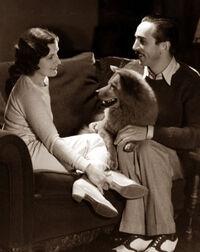 Sunnee et Walt et Lillian Disney