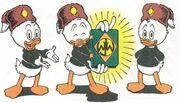 Riri, Fifi et Loulou Duck présentant le manuel des Castors Juniors