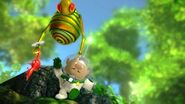 640px-SwoopingSnitchbug-Pikmin3