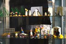 Pingu Props auction