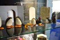 Pingu Props auction 4
