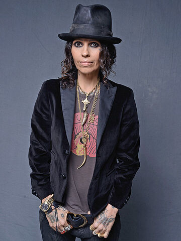 File:Linda Perry.jpeg