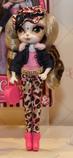 Beverly Hills Pinkie