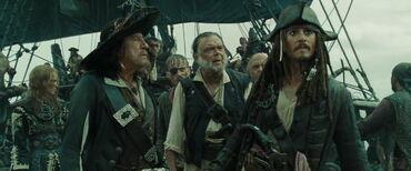 Barbossa Gibbs Sparrow discutono