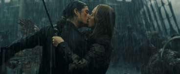 Will&Elizabeth bacio durante la battaglia