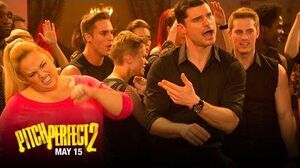 "Pitch Perfect 2 - Clip ""The Bellas vs"