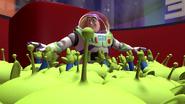 Buzz0005