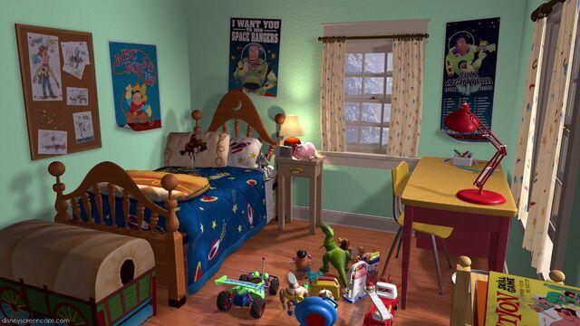 File:Toys in new room.jpg
