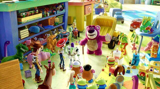 File:Toys 009.jpg