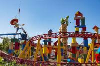 Toy-story-land-coaster-3