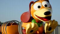 Pixar slinky dog dash