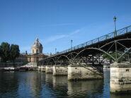 Pont des Arts vue depuis le quai rive droite
