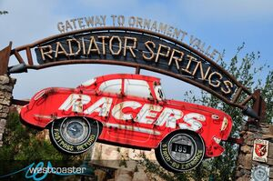 Radiator Springs Racers entrance-1-