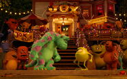 MU-Mike-Sulley-JOX