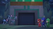 Owlette confronts the bots