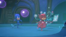 The sleepy splat hits Catboy and Owlette