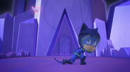 Catboy dodges Mothzuki