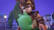 Gekko hugs Armadylan