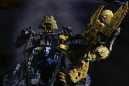 TLR Mata Nui and Metus on Thornatus