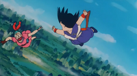 Goku i bulma spadaja