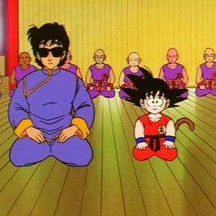 Wraz z Gokū przed Mutaito w jego szkole (2)