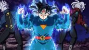 Son Goku (2) (SDBH, odc. 010)