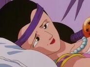 Lena leżąca na łóżku