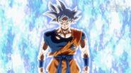 Son Goku (5) (SDBH, odc. 006)