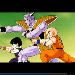 Son Goku po zamianie ciał wraz z wojownikami Z próbóją pokonać Kapitana Ginyu