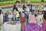 Ro Kaioshin świętuje pokonanie złego Bu