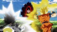 Goku SSJ2 i Vegeta kontra Kanba (SDBH, odc. 002)